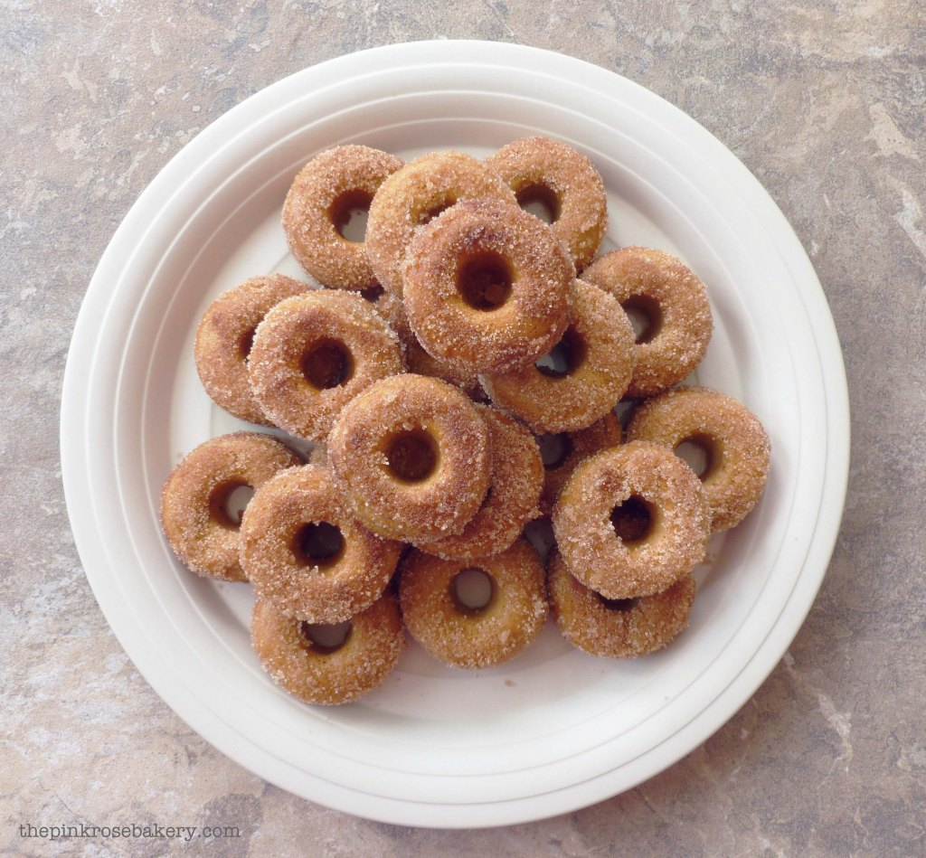 mini cinnamon doughnuts 2 - the pink rose bakery