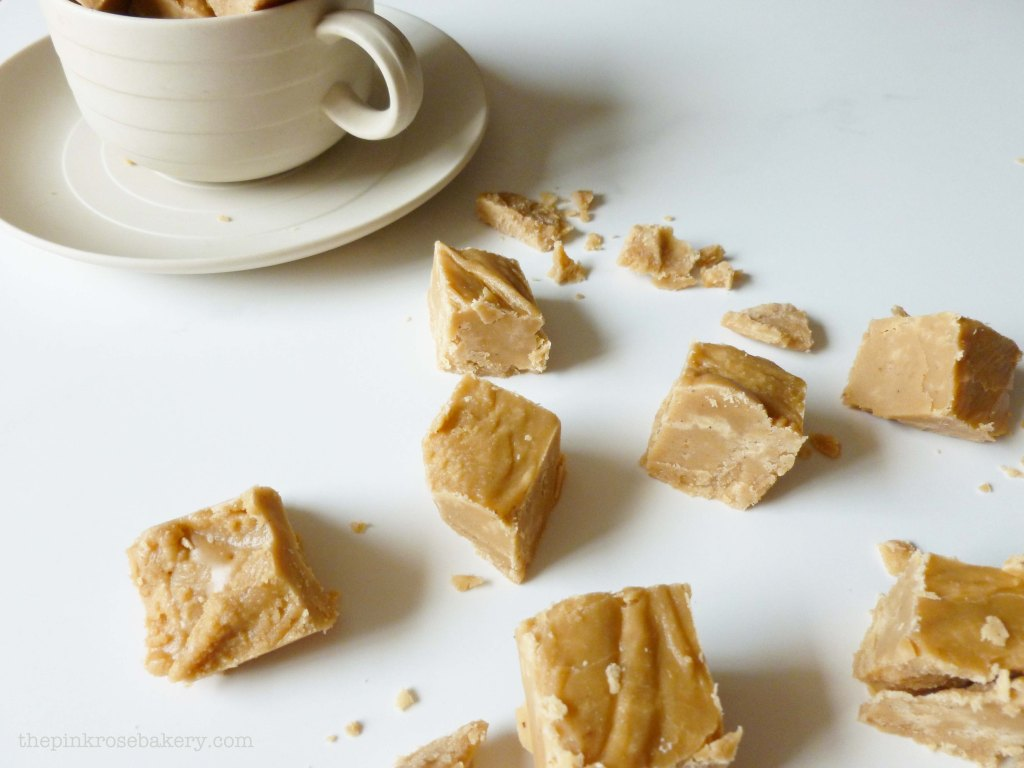 pumpkin spice latte fudge-let 3 - the pink rose bakery