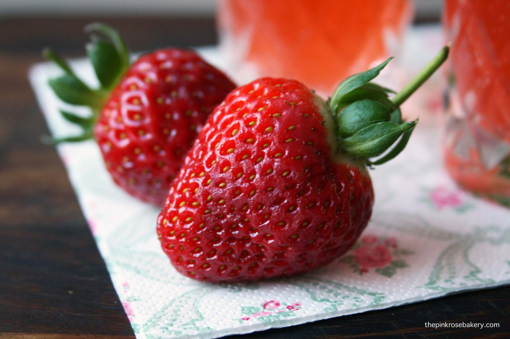 cherub's cup strawberries | the pink rose bakery
