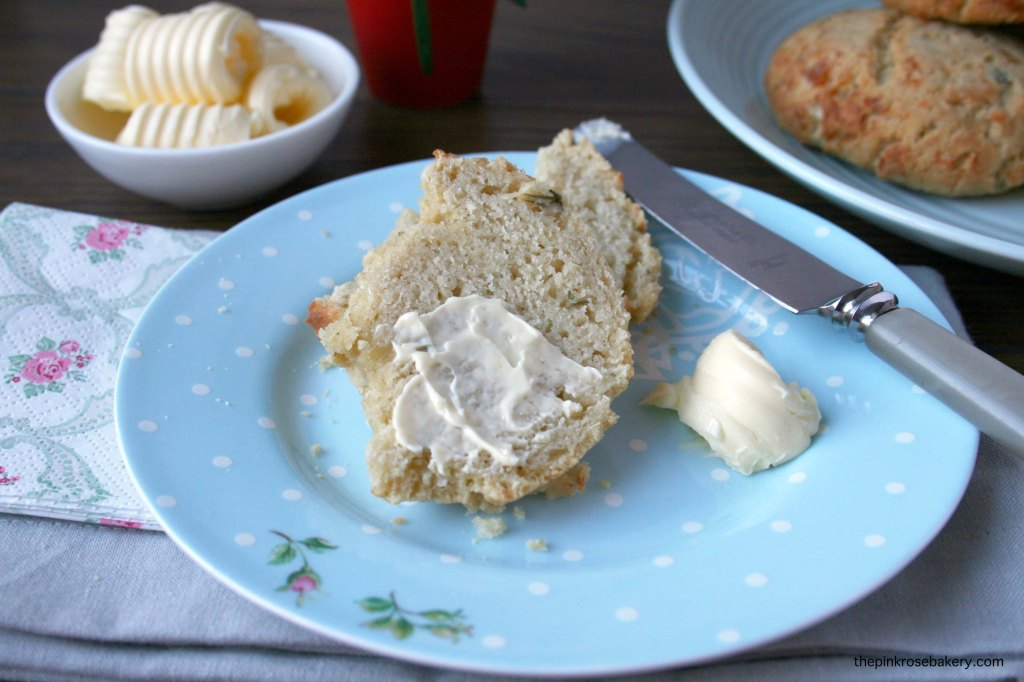 herb & cheese yeasted scones 4 {gluten free} | the pink rose bakery