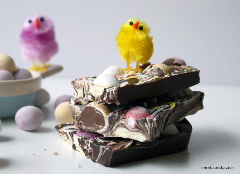 Mini Egg Easter Bark - easy to make and even easier to eat! | the pink rose bakery