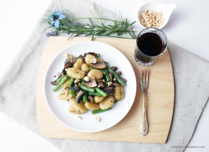 Green Bean & Mushroom Gnocchi {gluten free & dairy free} | The Pink Rose Bakery