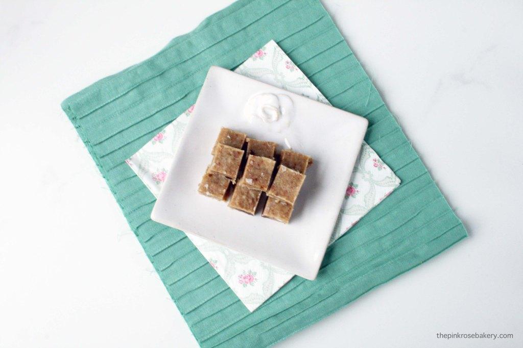Date & Tahini Fudge {raw, gluten free, dairy free} | The Pink Rose Bakery